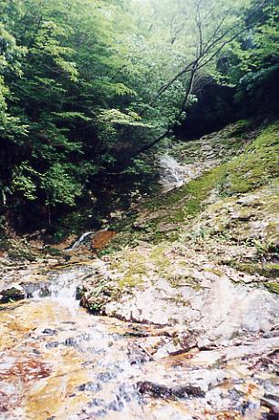 日之影川の小さな谷