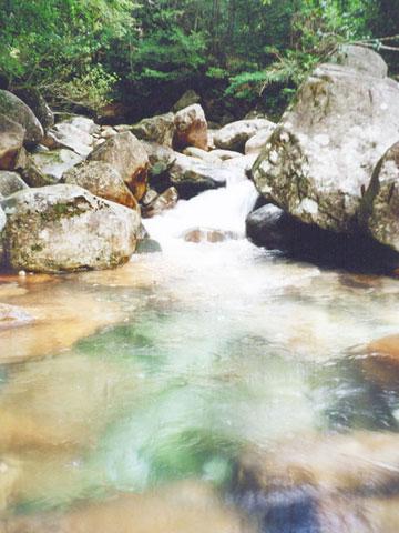 透明な流れ