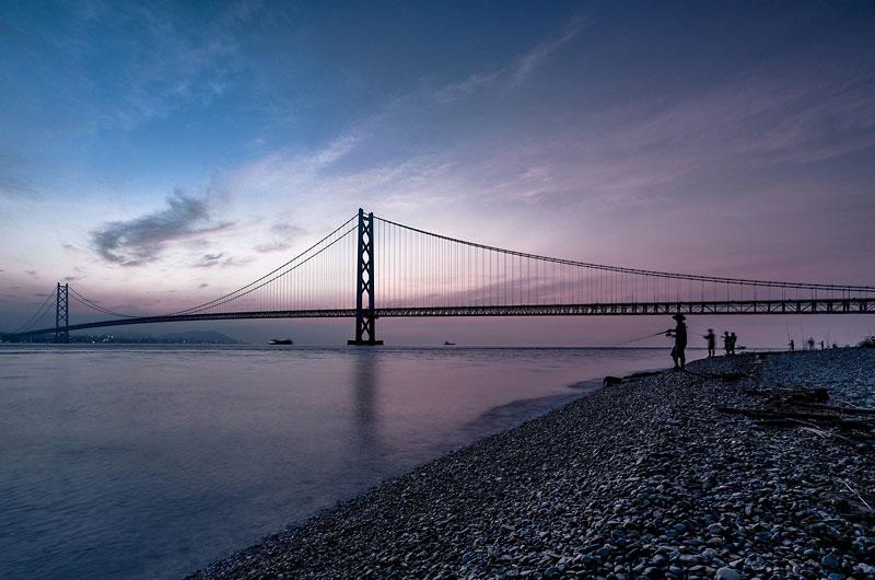明石大橋と瀬戸内海