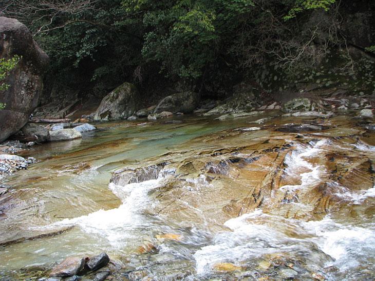 面河渓を思い出します